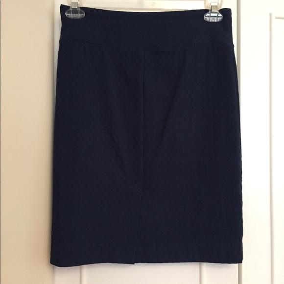 da220241ba Margaret M Christiana Textured Pencil Skirt. M_5bb291bf0cb5aad65e344e02